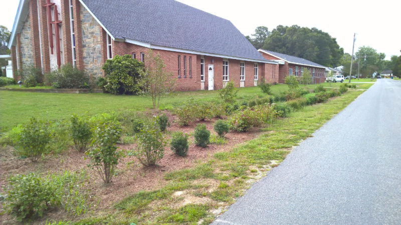 Church rain garden completed